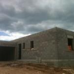 Elévation des murs d'une maison toit plat
