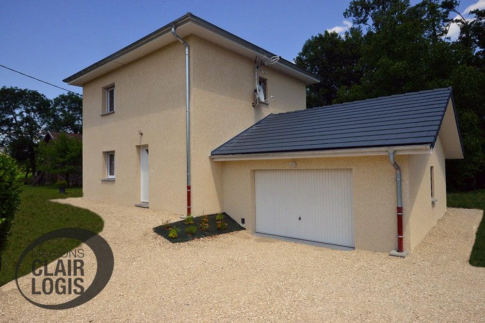 Maison neuve à étage construite en Rhône-Alpes