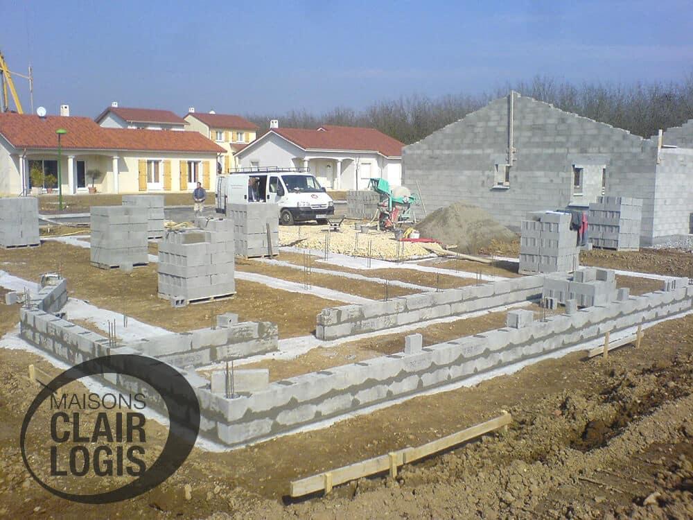 etapes de la construction d 39 une maison en is re. Black Bedroom Furniture Sets. Home Design Ideas