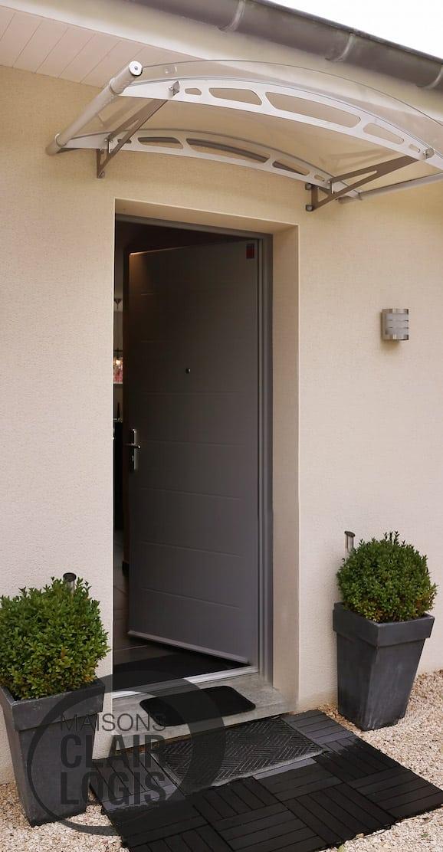 Nos maisons neuves maisons clair logis for Porte entree moderne