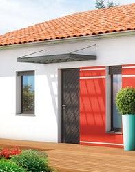 Maison familiale malte maisons clair logis for Auvent maison moderne