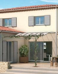 Maison provençale avec pergola